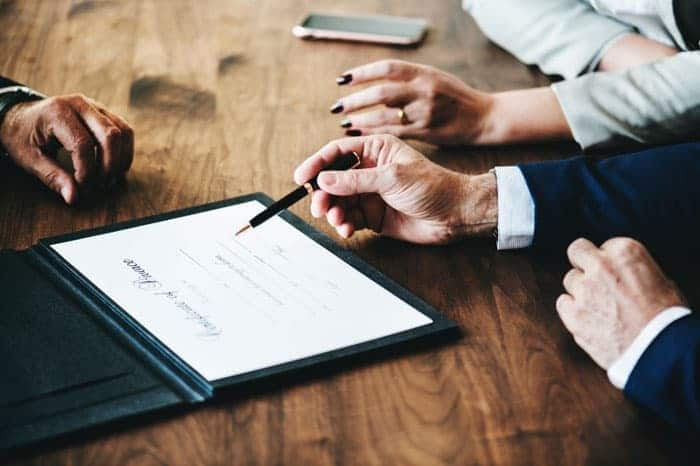 Seeking Legal Advice on Divorce Who Should You Talk To